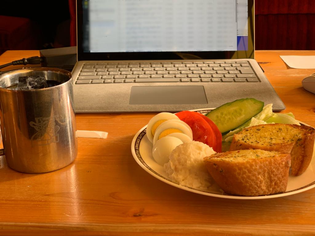 カフェで仕事